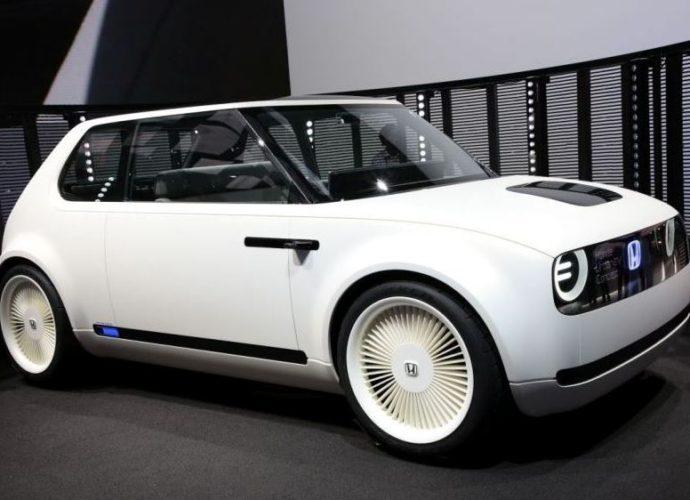 Honda Urban EV este o masina excelenta pentru traficul urban.